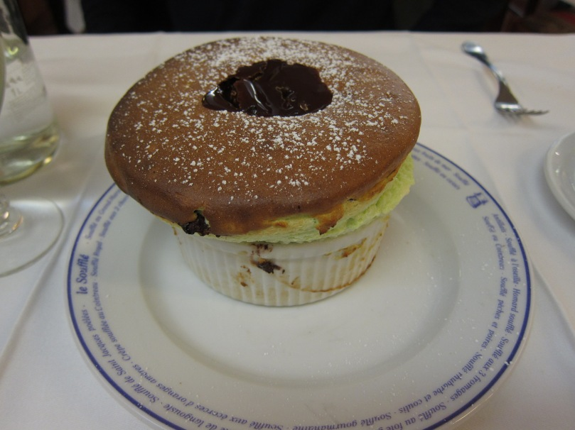 Pistachio and chocolate sauce souffle.
