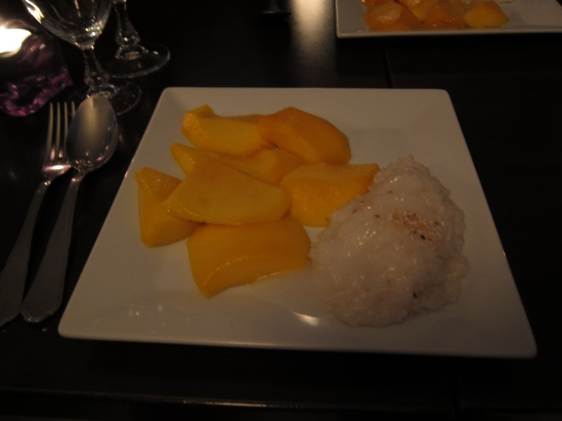 Mango sticky rice. Yum.