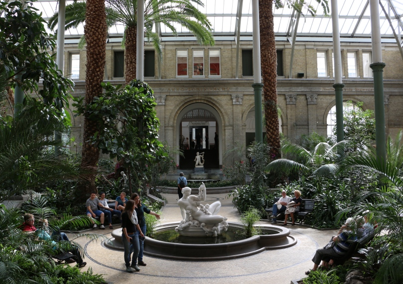 The winter garden.