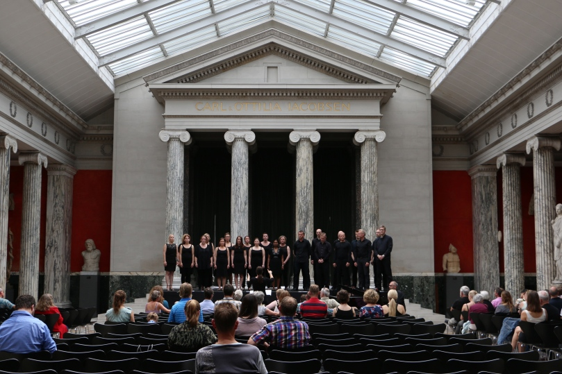 The acoustics of the museum was perfect for the choir performance.